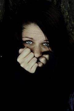 Afraid_of_the_Dark_by_HelleeTitch